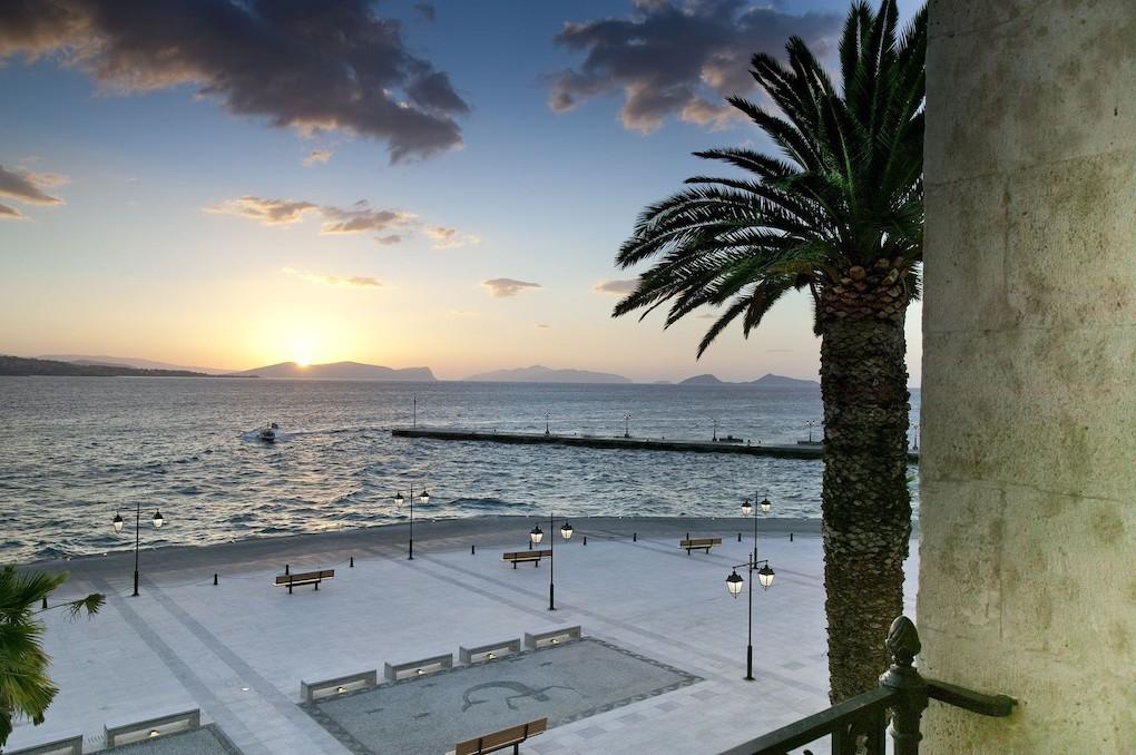 Cosmopolitan Spetses: A Pocket-sized Isle Near Athens