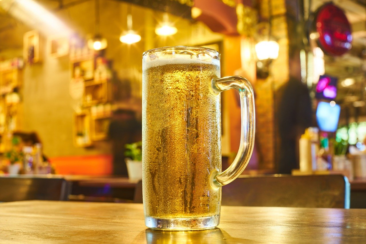 How Do Greeks Drink their Beer?